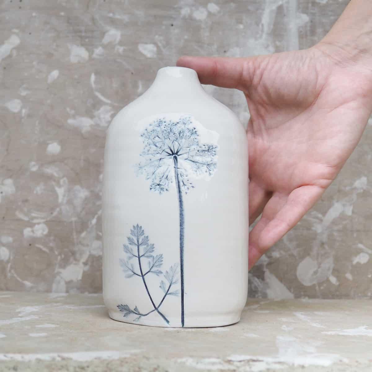 bottiglia in ceramica, vaso monofiore