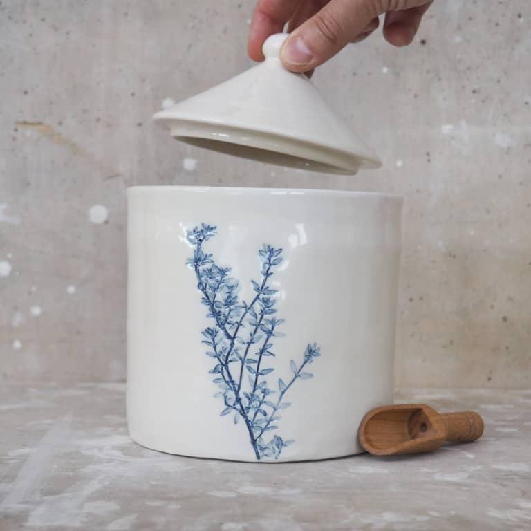 contenitore con coperchio in ceramica Rimini Erbacea LAB