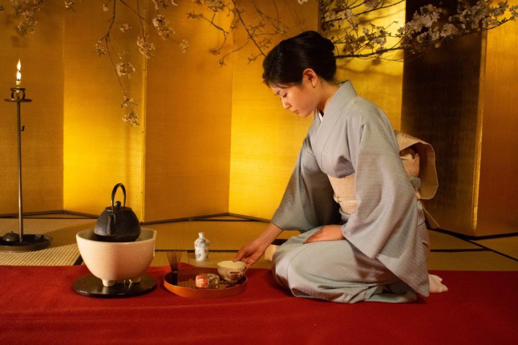 Cerimonia del tè e Ceramica Raku